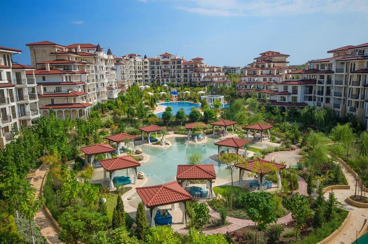 Apartments in Complex Poseidon