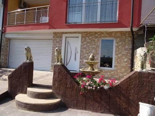 Къща за Гости Морските Лъвове