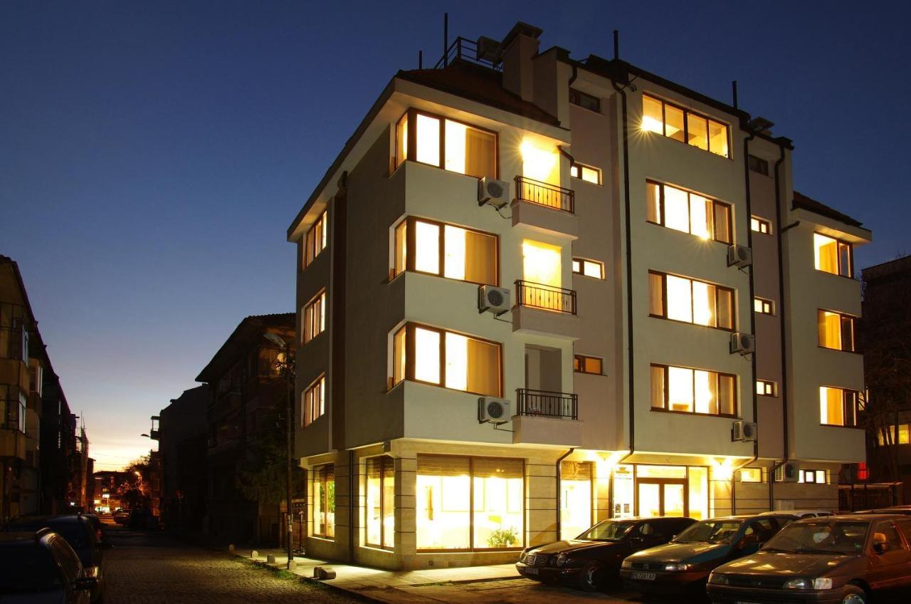 Хотел Доро