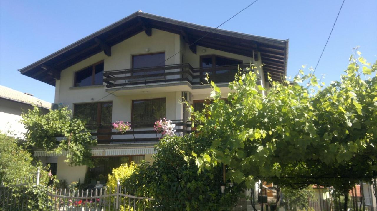 Къща за гости Славина