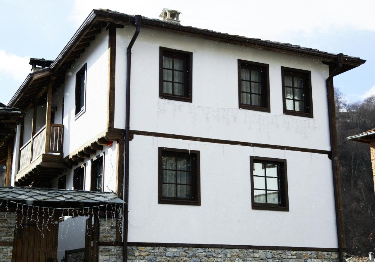 Къща за Гости Гълъбова