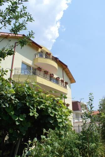Къща за гости Киви