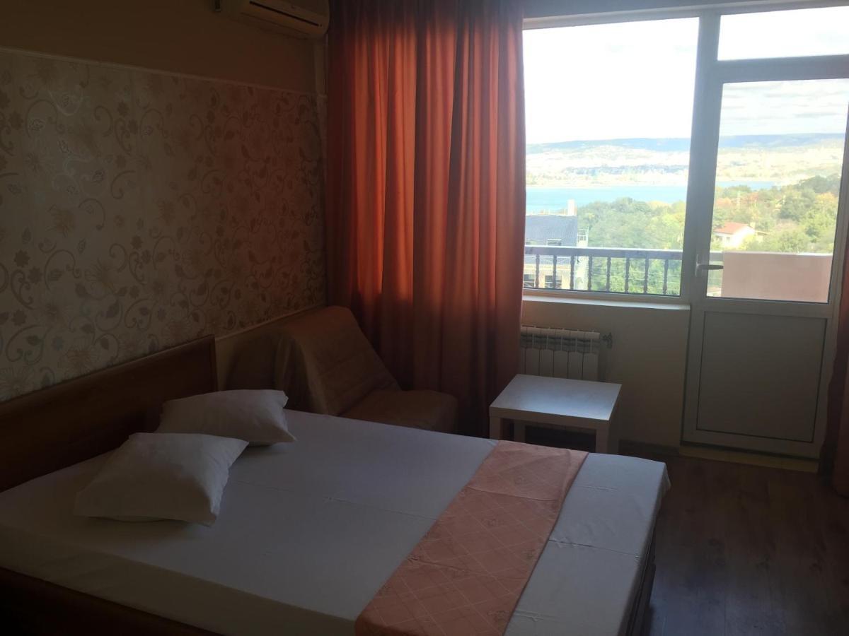 Семеен хотел Зеленика