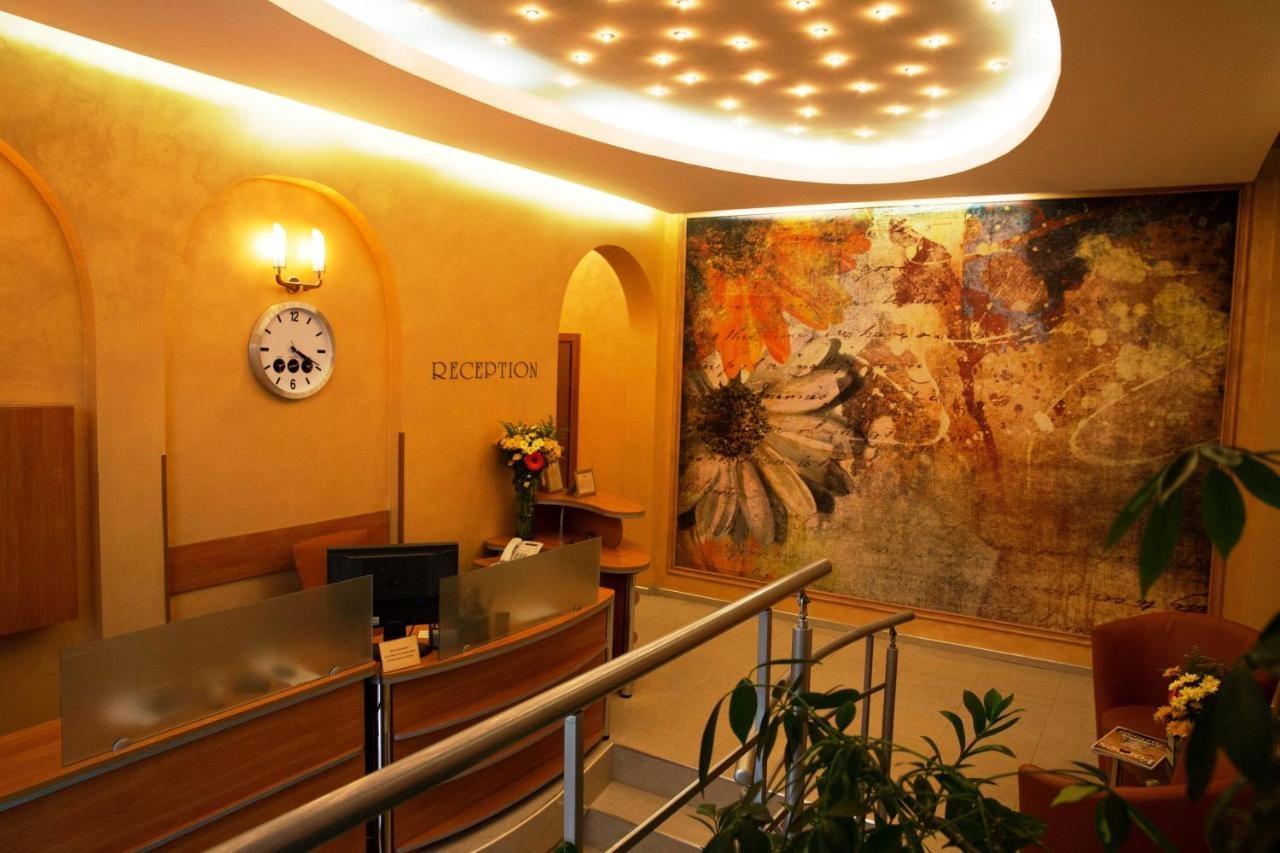 Хотел Булаир
