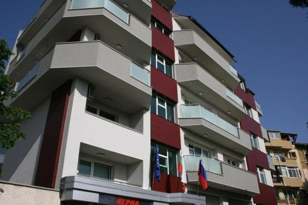 Хотел Алфа