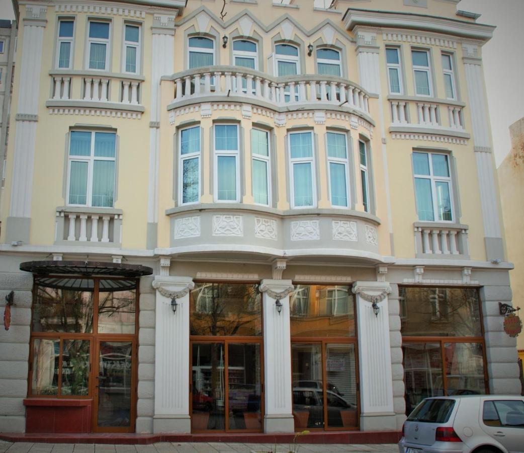 Хотел Чиплаков