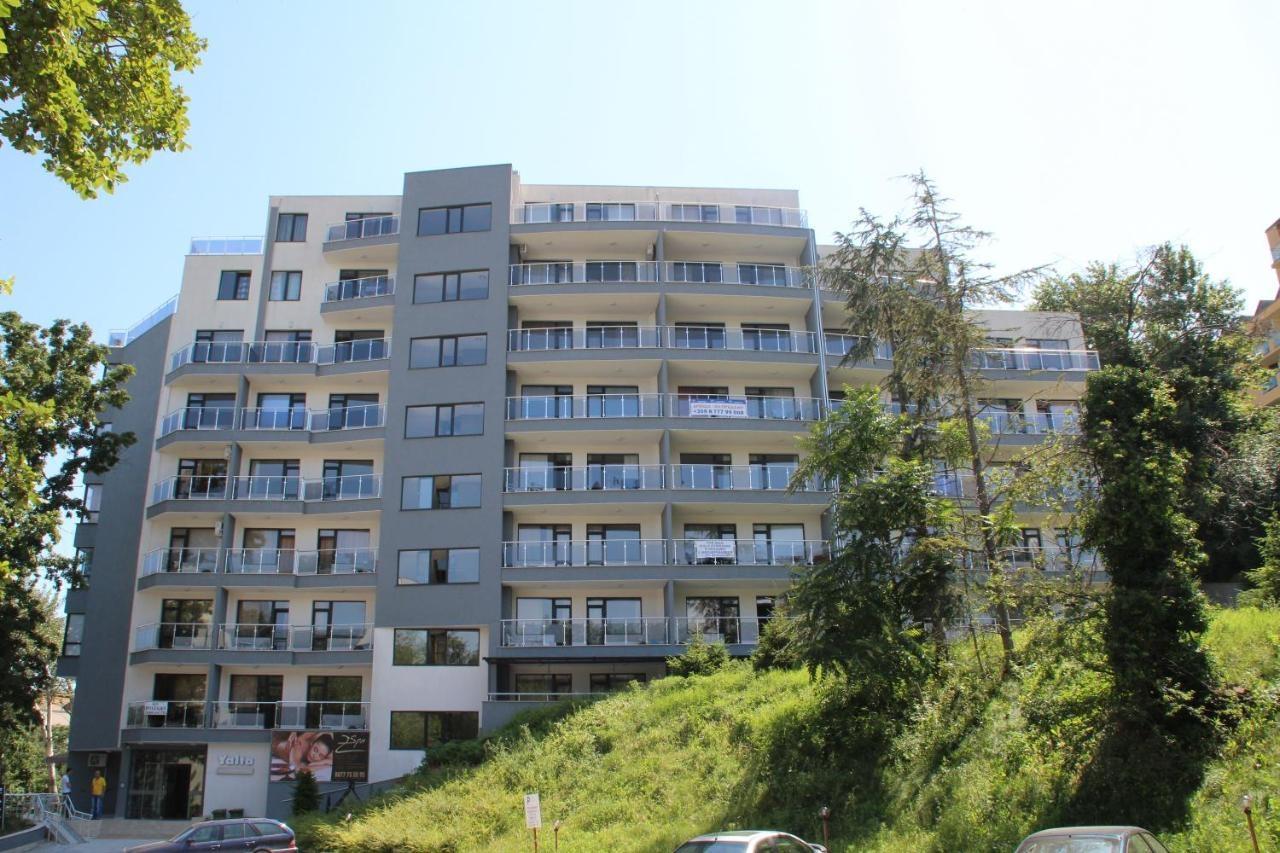 Дилов Апартаменти в Ялта комплекс