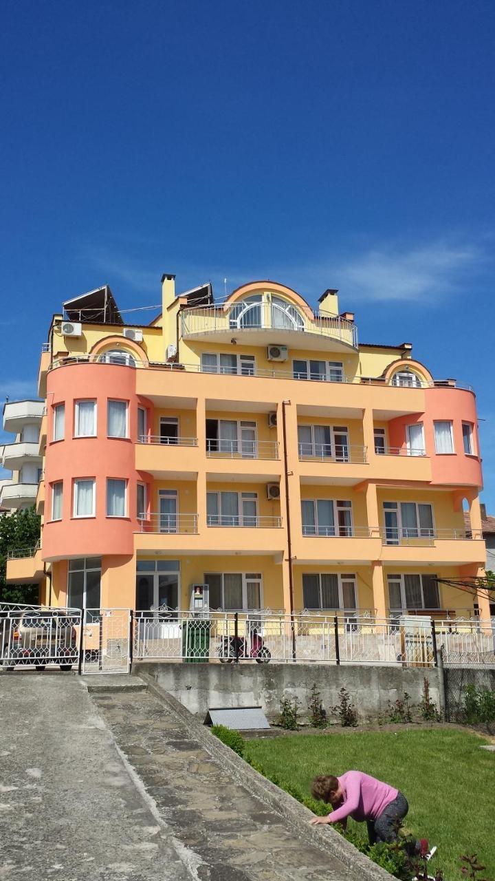 Златеви Къща за Гости