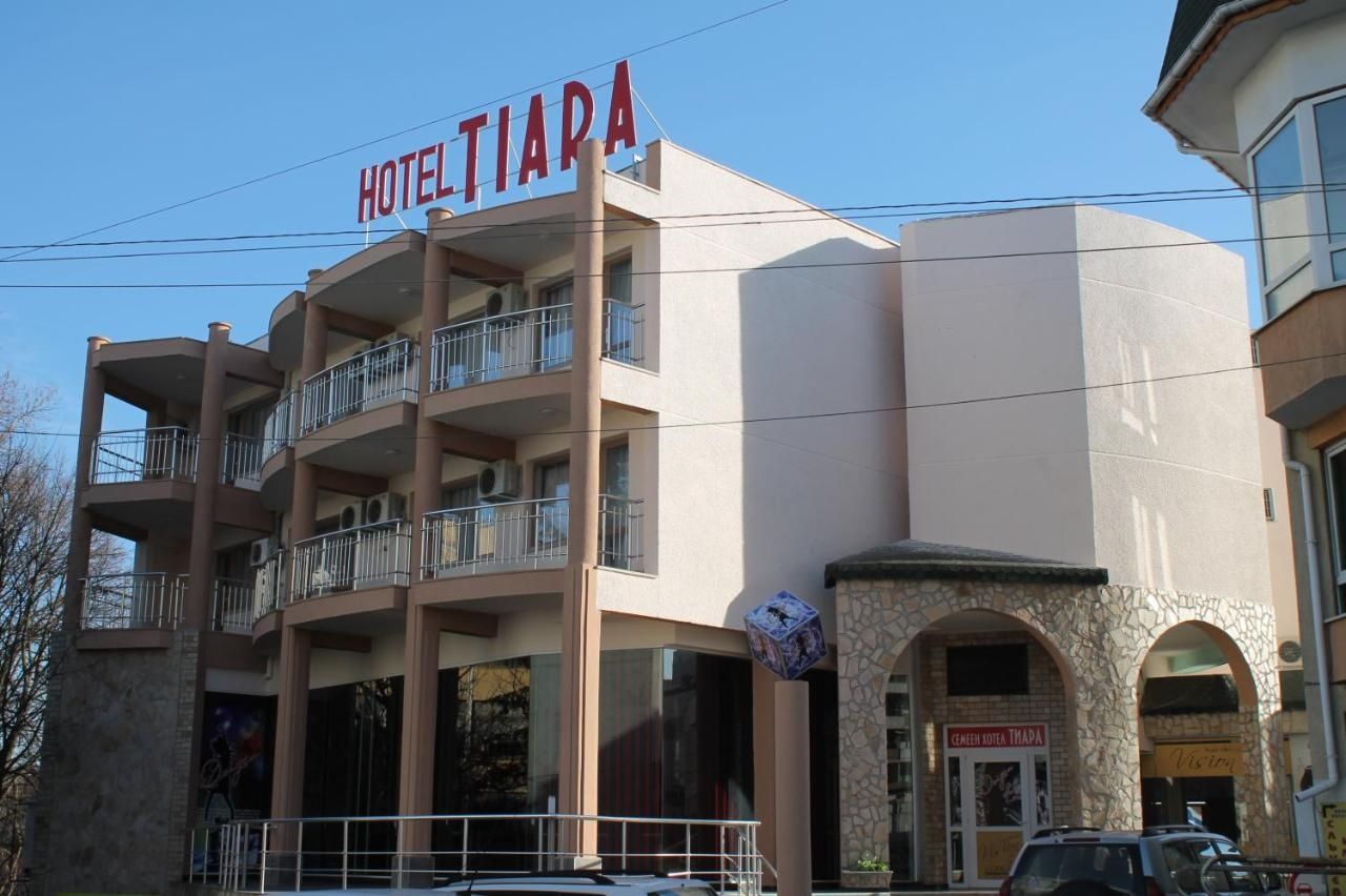 Tiara Hotel