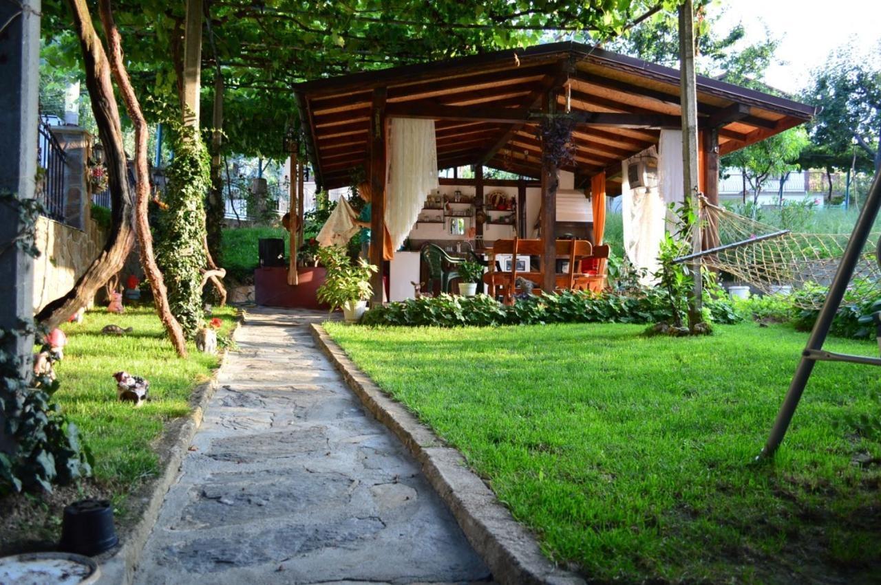 Къща за гости Ангелкови