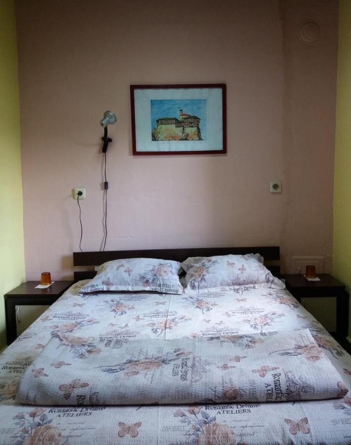Самостоятелни стаи Ореха