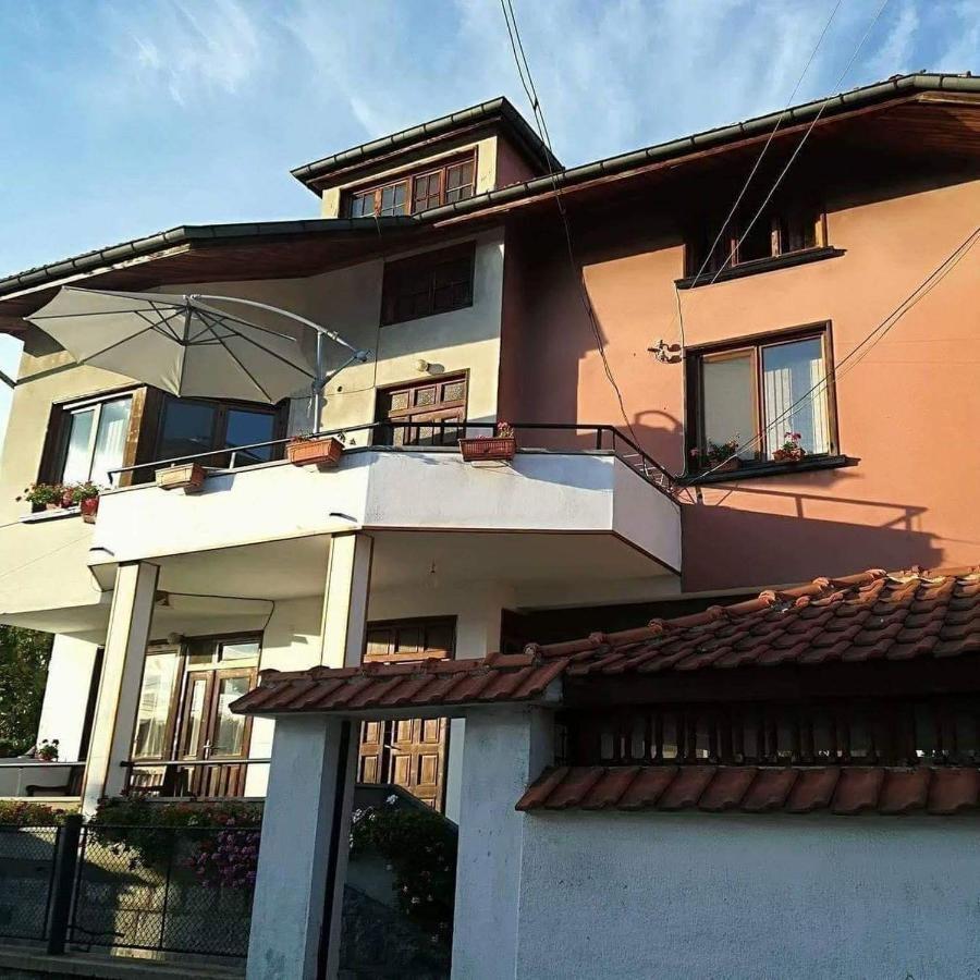 Къща за гости Ганови