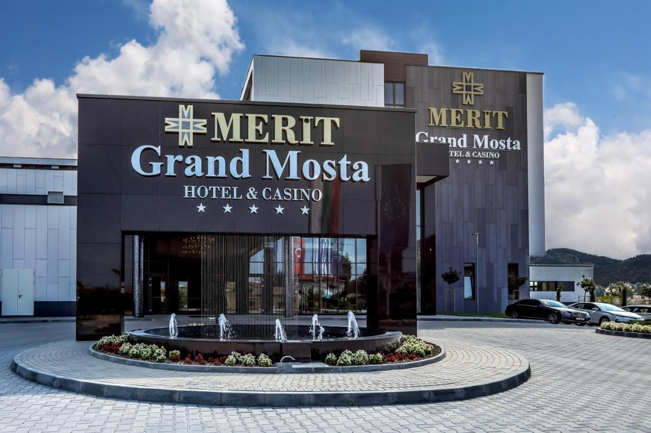 Merit Grand Mosta Spa Hotel & Casino