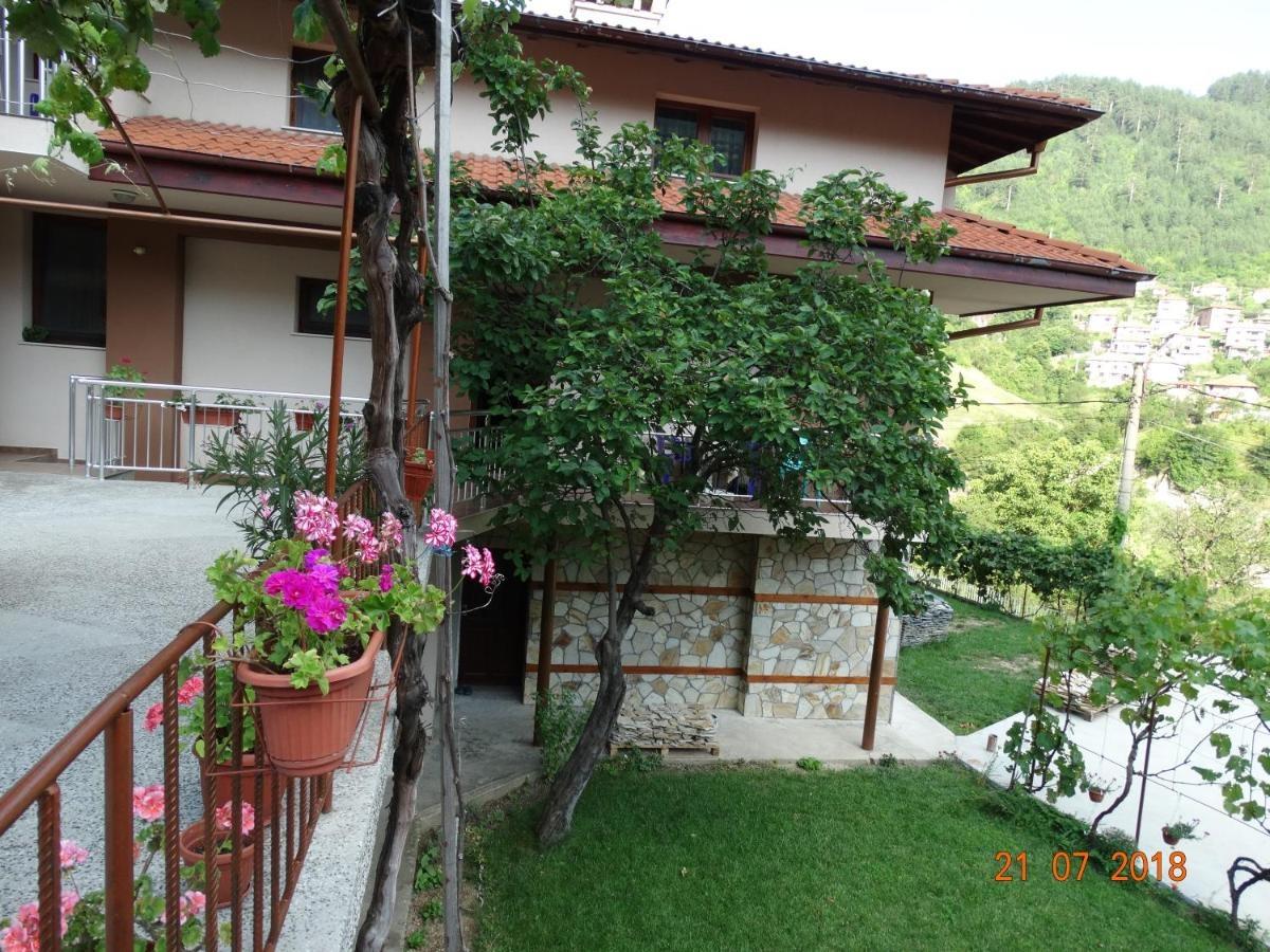 Къща за гости Гаджакови