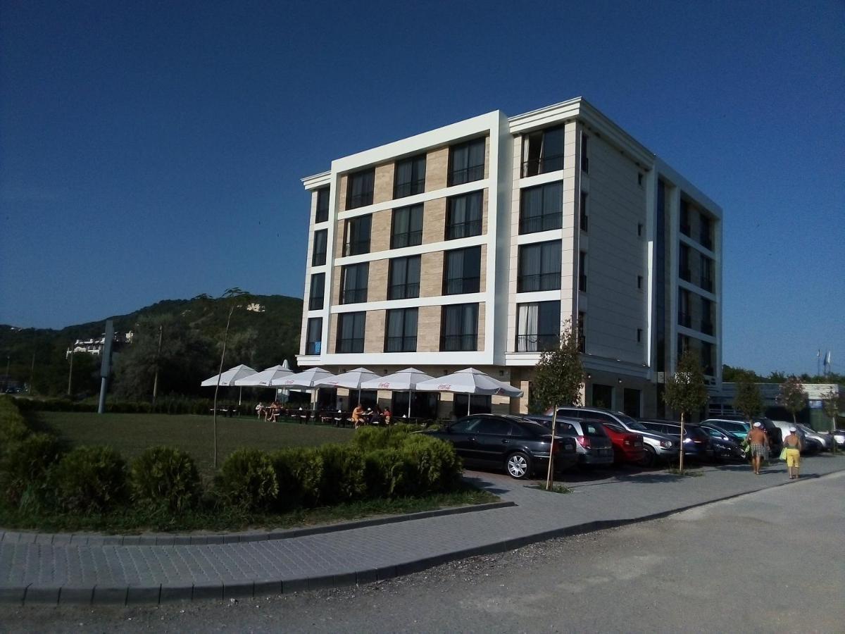 Хотел Магнифик