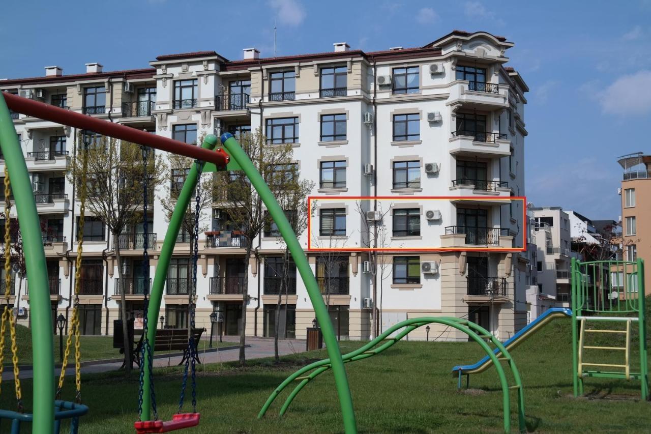 Aivazovsky Park ap, Anchialos H14