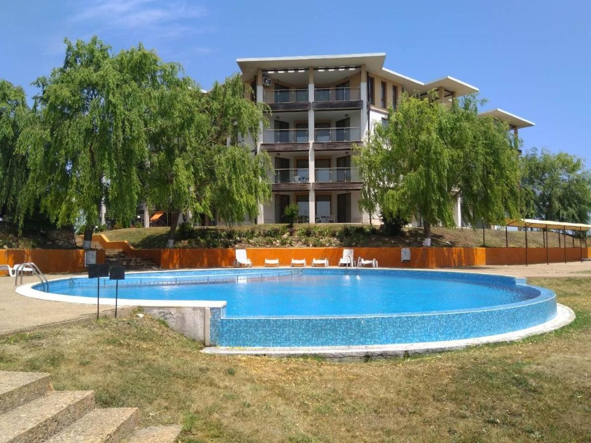 Private Apartment A12 in July Morning Seaside Resort