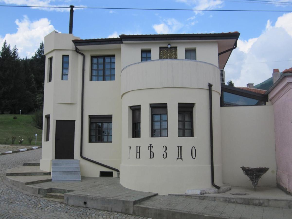 Gnezdo Studio Apart