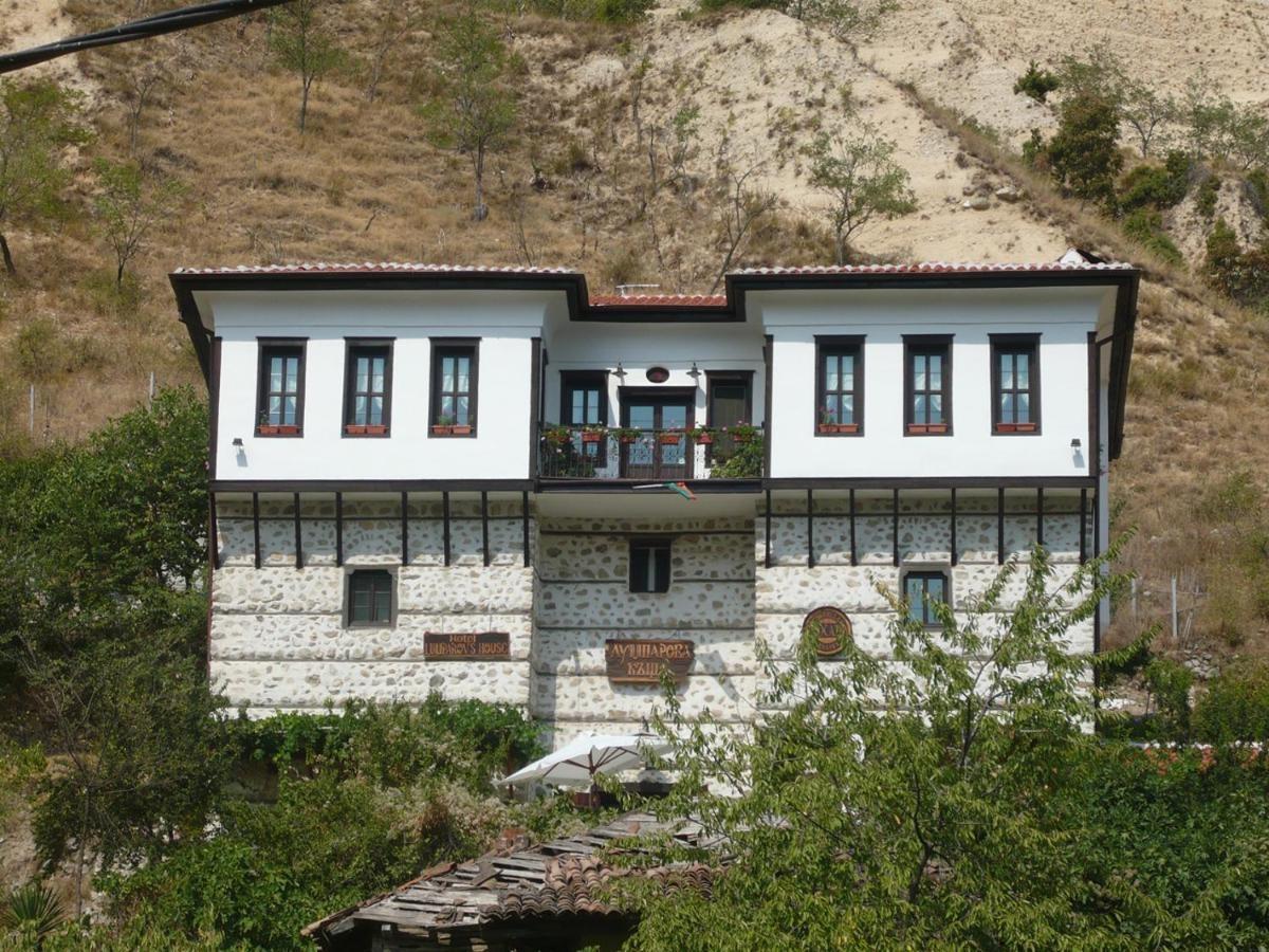 Лумпарова къща