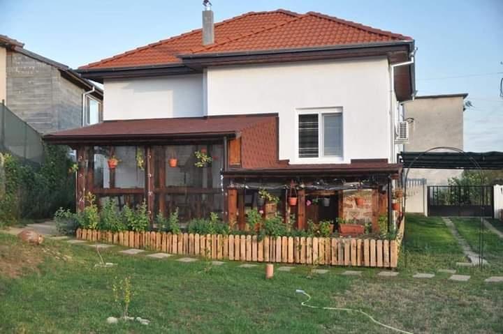 Къща за гости Медина