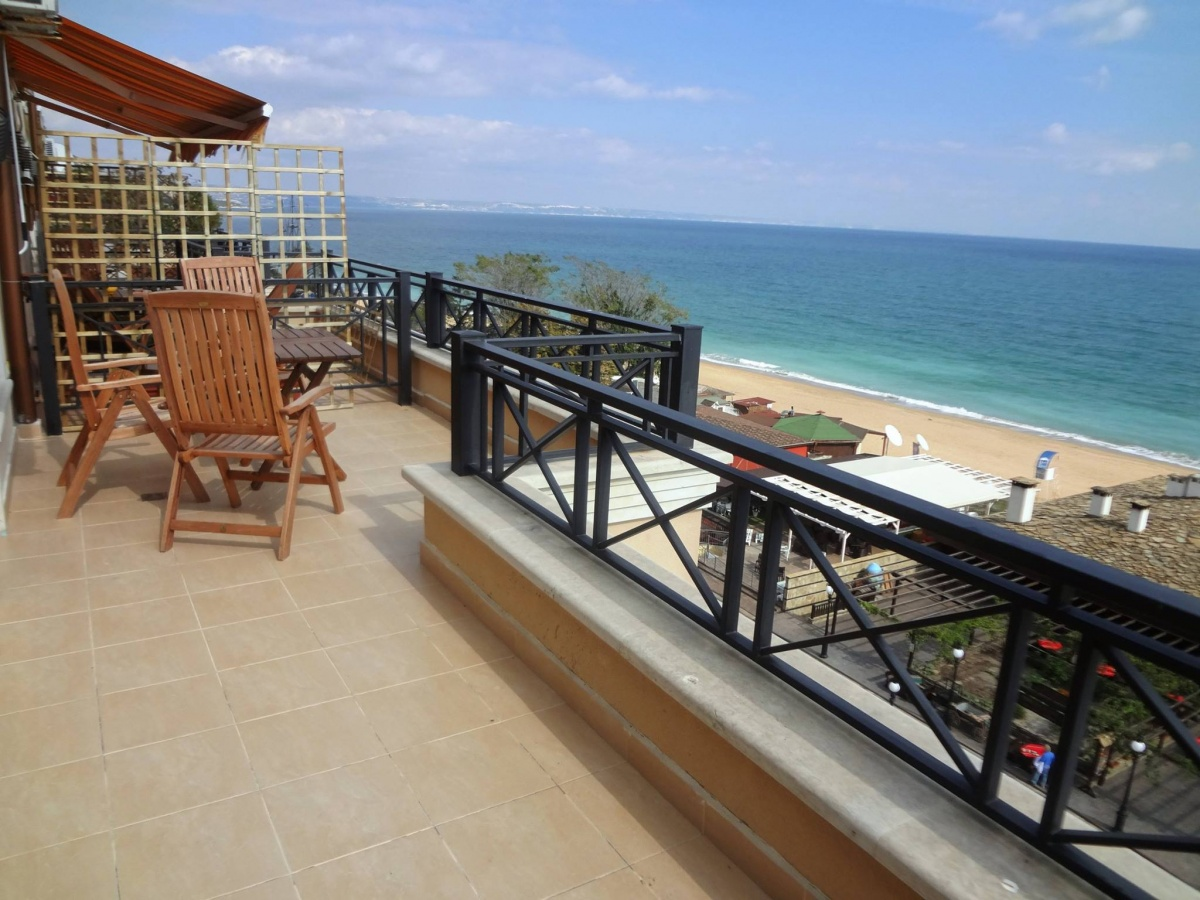 Sea View Rental Golden Sands